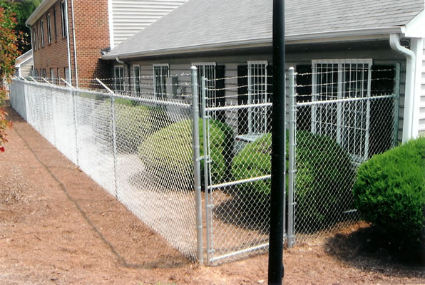 5+1 Galvanized Chain Link With Barbwire