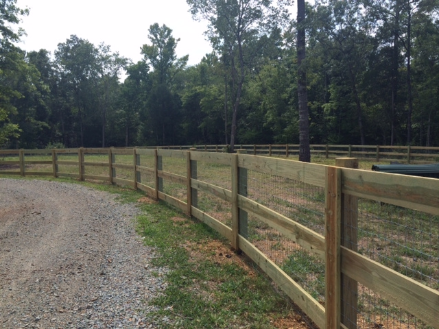 Commercial Wire & Rail Fencing | Fortress Fencing