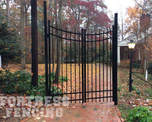 Scallop Double Aluminum Gate