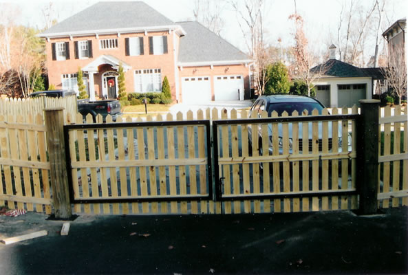 Steel Frame With Wood Picket Facia