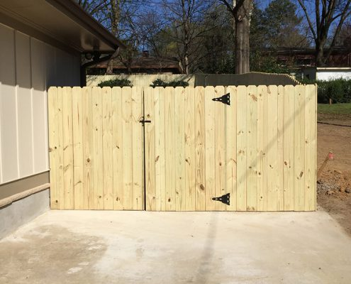 Stockade Dog Ear Gate - opening out