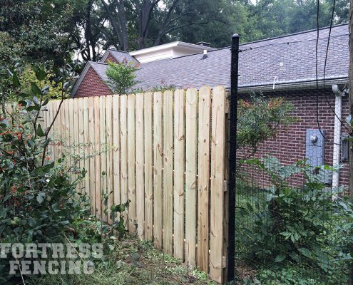 combo - 6' dog ear picket and deer fence transition