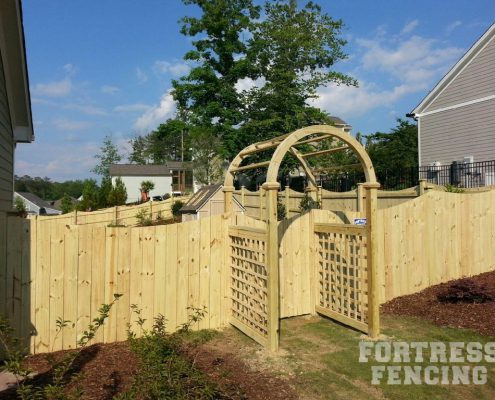 arbor and scallop stockade