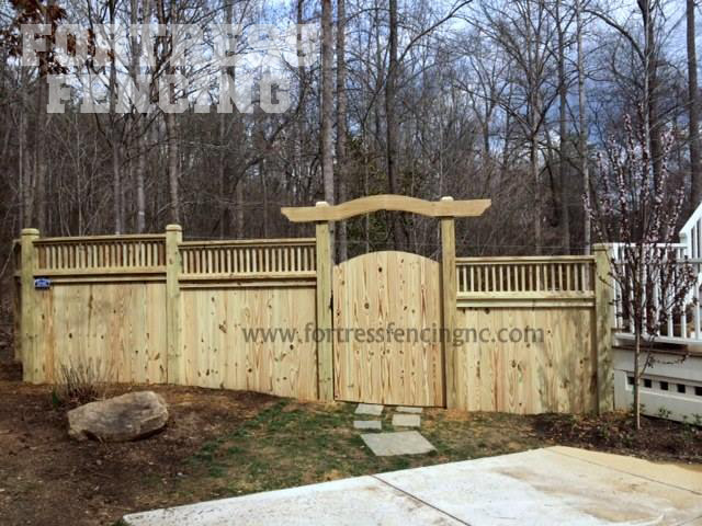deck rail topper- 5+1-notched posts-arbor-exterior