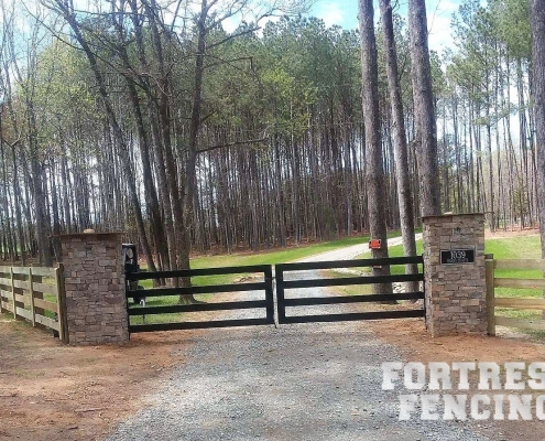 Entry Gate with Estate Rail Fencing
